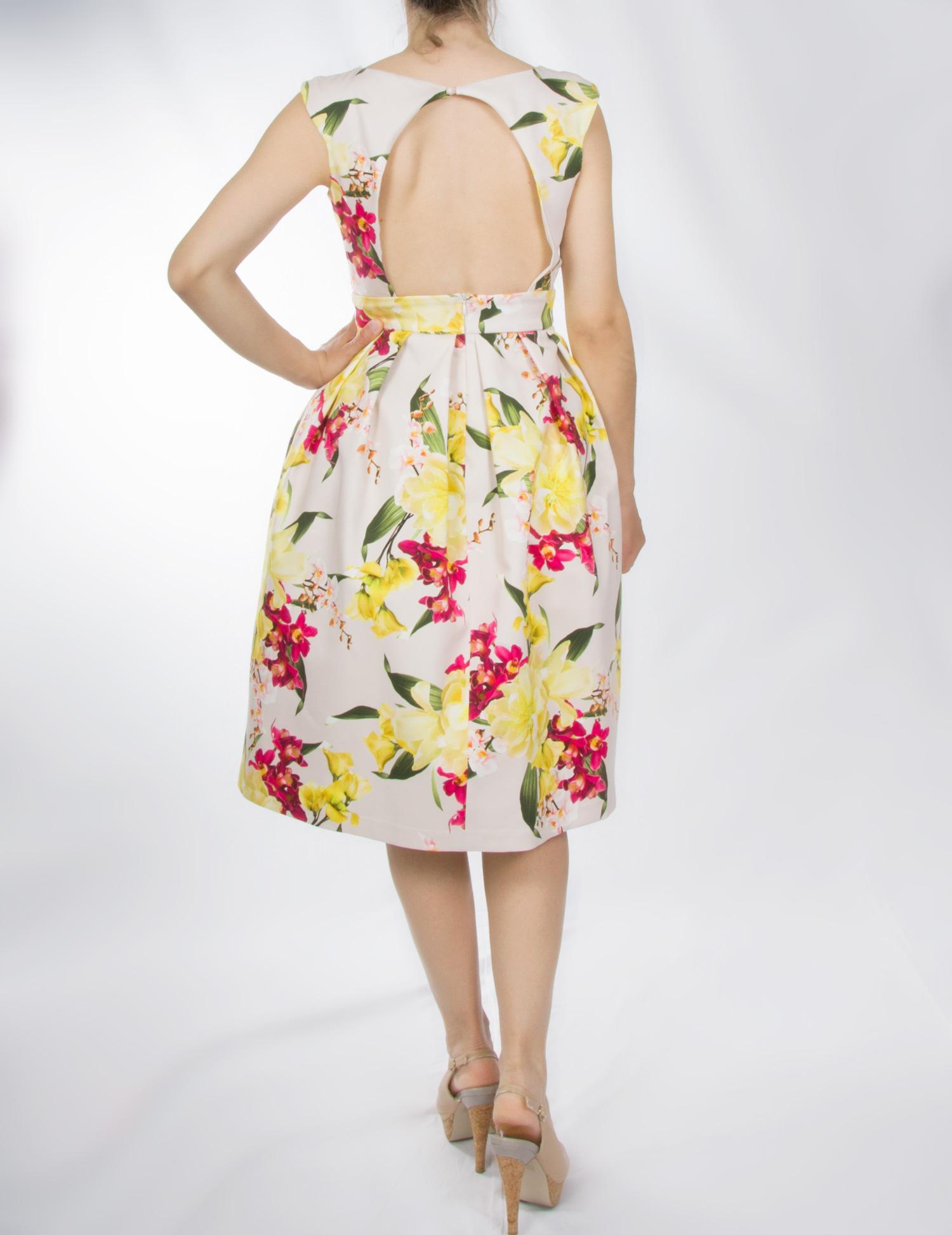 Floral φόρεμα με ανοιχτή πλάτη – Pick Store e45e7434ea0
