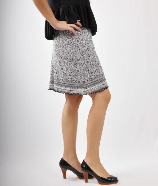 Φούστα mini εμπριμέ
