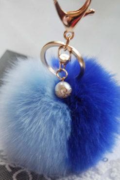 Μπρελόκ με δίχρωμη φούντα (γαλάζια-μπλε ηλεκτρίκ)