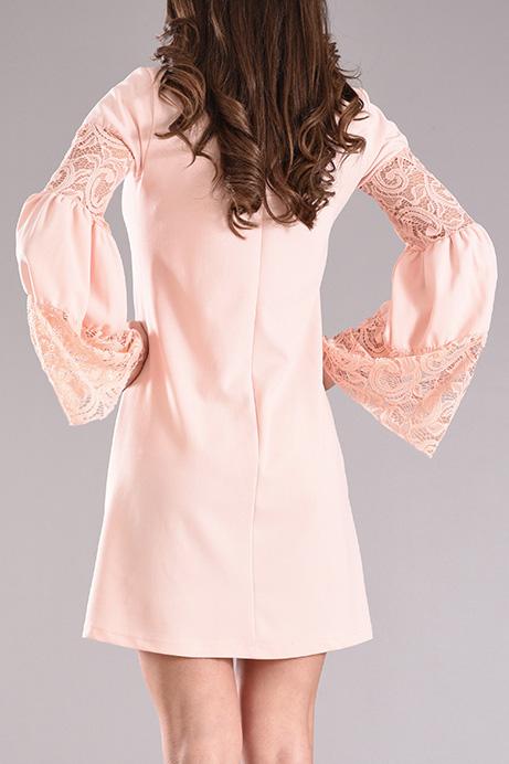 Φόρεμα με καμπάνα μανίκι