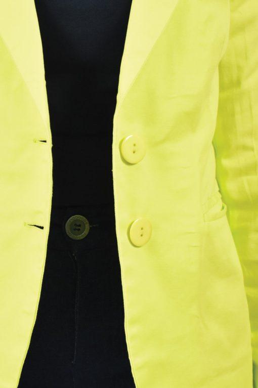 Σακάκι κοντό με κουμπιά