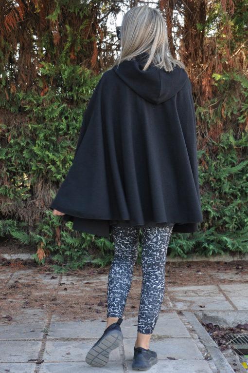 Γυναικεία κάπα με κουκούλα μαύρη