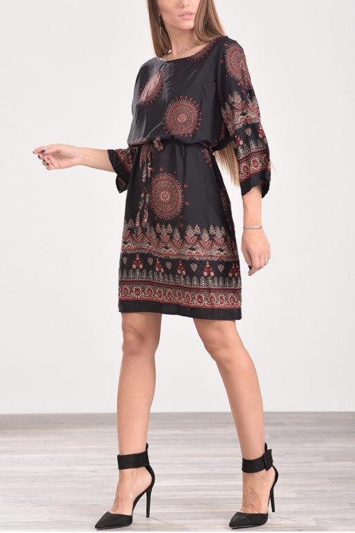 Φόρεμα κοντό με ζωνάκι στη μέση, εμπριμέ σε μαύρες αποχρώσεις
