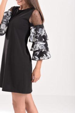 Κοντό φόρεμα με βολάν και πουά διαφάνεια στα μανίκια σε μαύρο χρώμα