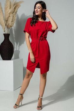 Φόρεμα με ζωνάκι στη μέση κόκκινο
