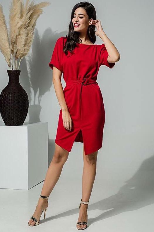3729112ffd41 Φόρεμα με άνοιγμα μπροστά και ζωνάκι στη μέση σε κόκκινο χρώμα