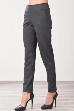 Παντελόνι με όψη ζακάρ και τσέπες στο πλάι σε γκρι χρώμα