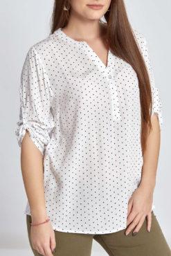 Plus size μπλούζα πουά με κουμπάκια σε λευκό