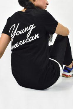 "T-shirt με τύπωμα ""young american"" στην πλάτη μαύρο"