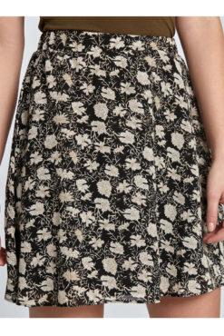 Εβαζέ φλοράλ mini φούστα μαύρη