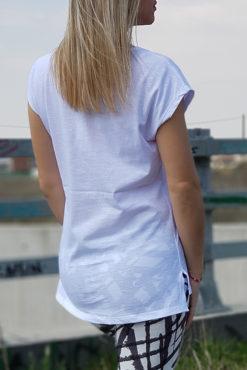 Μπλούζα βαμβακερή σε λευκό