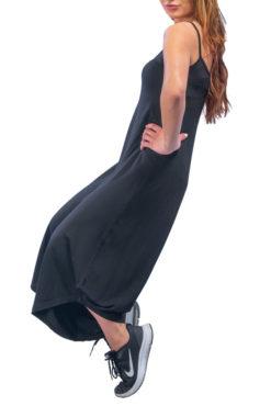 Ολόσωμη ζιπ-κιλότ με τιραντάκι μαύρη