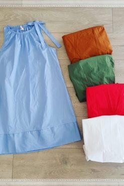 Φόρεμα αμάνικο σε άλφα γραμμή με φιόγκο