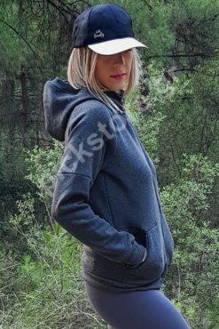 Γυναικεία ζακέτα σε χοντρό φούτερ με κουκούλα σε γκρι σκούρο χρώμα