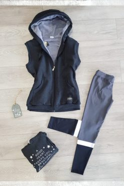 Αμάνικο φούτερ με κουκούλα + κολάν dryfit