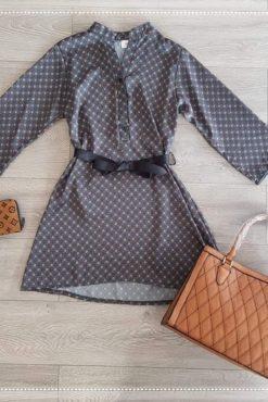 Φόρεμα με σατέν υφή και ζώνη