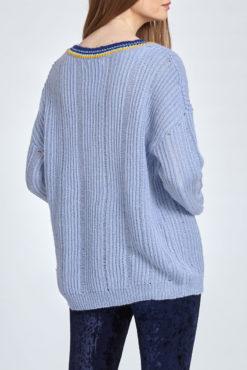 Πλεκτό πουλόβερ με V λαιμόκοψη