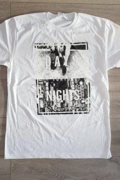 """Μπλούζα με τύπωμα """"Days Nights Tokyo"""" λευκή"""