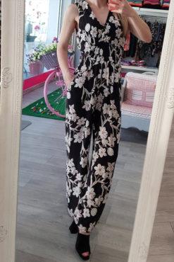 Ολόσωμη φόρμα με λουλούδια