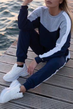 Αθλητικές φόρμες σετ με cropped top μπλε-γκρι