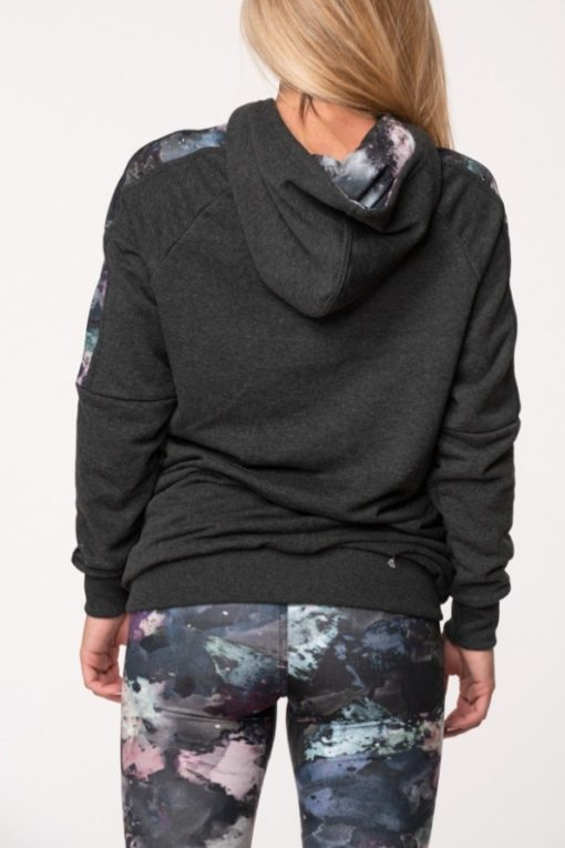 Μπλούζα φούτερ με κουκούλα κι εμπριμέ ρίγα ανθρακί
