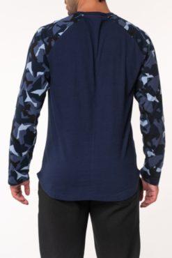 Μπλούζα βαμβακερή με εμπριμέ μανίκια μπλε